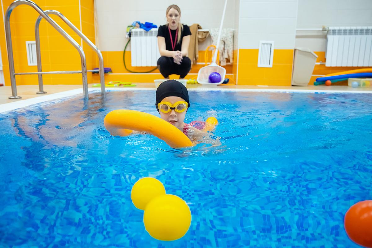 Why Children Should Take Swim Lessons in Las Vegas