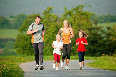Make Time for Family and Fitness With These Tips